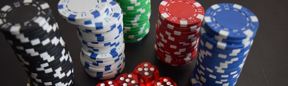 رقائق للعب البوكر